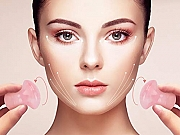Gua sha masaža lica - masaža pomoću kristalnih pločica