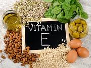 Tri razloga zašto vašoj koži treba vitamin E